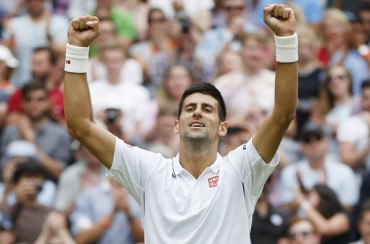 Djokovic pasa a octavos al imponerse a Simon