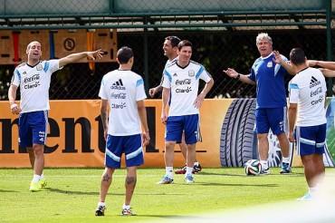 Argentina irá por su pase a Octavos de Final