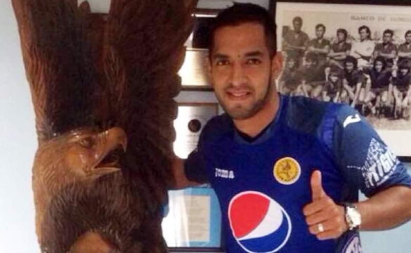 El delantero argentino Lucas Gómez llegó al Nido Azul