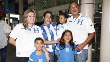 ¡Hondureños ya viajan a Brasil!