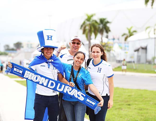 Muy pocos aficionados le dieron apoyo a Honduras ante Suiza