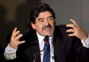 Maradona criticó el Balón de Oro a Lionel Messi