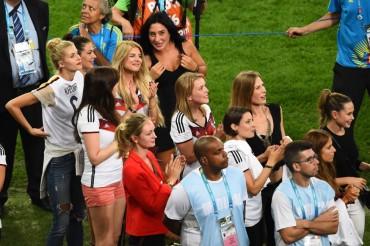 Las mujeres de los jugadores alemanes en imágenes