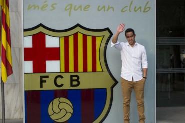 Claudio Bravo ya firmó su contrato con el Barcelona