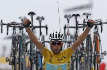 Vincenzo Nibali sentencia el Tour y Valverde se cae del podio