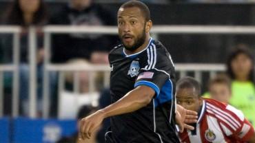 Victor Bernardez regresa a las canchas en la MLS