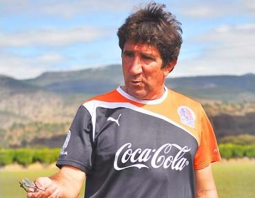 DT Hector Vargas cierra la puerta a Lombardi en Olimpia