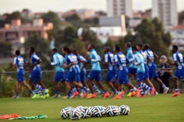 La selección de Costa Rica es exaltada por jugadores Hondureños