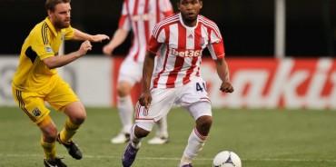 Wilson Palacios juega en amistoso con Stoke City