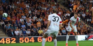 Hull City de Maynor Figueroa pasa a los playoff de la Europa League