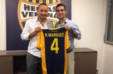 El Verona presenta a Rafa Márquez