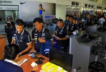 """La """"H"""" viajó hoy a Estados Unidos para participar en la Copa Centroamericana"""