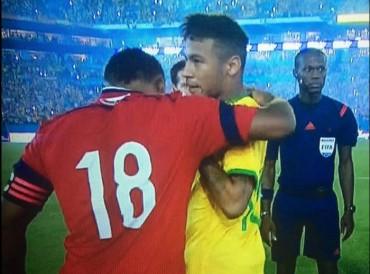 Neymar y Zúñiga vuelven a verse las caras