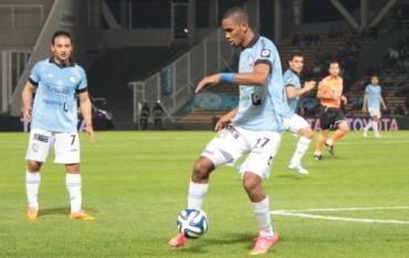 Jerry Bengtson la pasa mal en el Belgrano