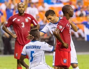 """Jonathan Mejía queda en deuda en su primer partido con la """"H"""""""