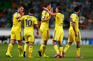 Matic estira la cabeza y da al Chelsea su primer triunfo