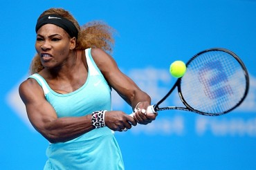 Serena sufrió y remontó ante Silvia Soler