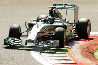 Hamilton se impuso en GP de Italia