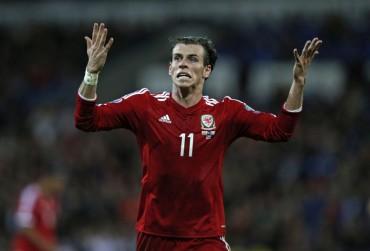 Bale y los galeses dejan escapar una oportunidad de oro