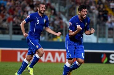 Italia gana pero no brilla