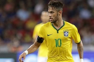 Neymar, el quinto máximo goleador de Brasil