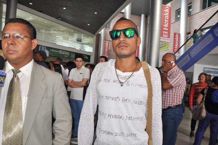 """Jelier Pacheco rival del """"Escorpión"""" Ruiz llego a Honduras"""