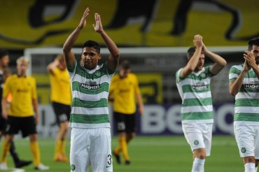Emilio Izaguirre y Celtic vuelven al liderato de la Liga de Escocia