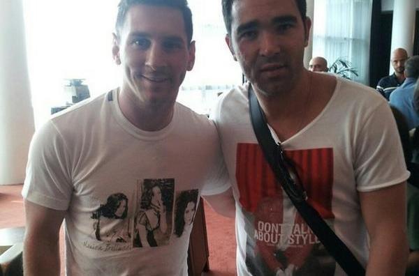 Messi-con-Deco-en-el-Hotel-She_54412476363_54115221154_600_396
