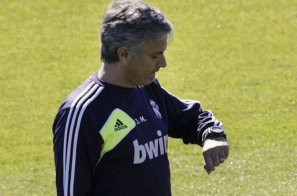 Mourinho-ya-cuenta-las-horas-p_54373421667_54115221154_600_396