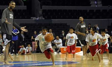 Niños tarahumara convivieron con NBA All Stars