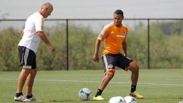 Alexander López aun no sabe su destino con el Houston Dynamo