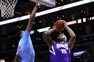 Kings 98, Clippers 92; Sacramento sorprendió a LA