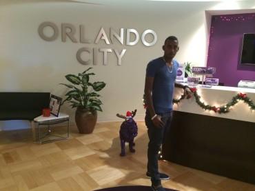 Bryan Róchez supera las pruebas medicas en el Orlando City