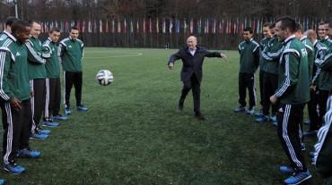 La FIFA alberga un seminario para árbitros de élite