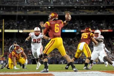 USC venció a Nebraska en el Holiday Bowl