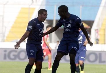 Rubilio Castillo y Lucas Gómez la ofensiva más poderosa de este campeonato