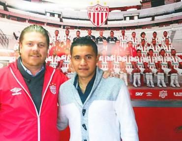 El club Necaxa ya le dio la Bienvenida al Hondureño Roger Rojas