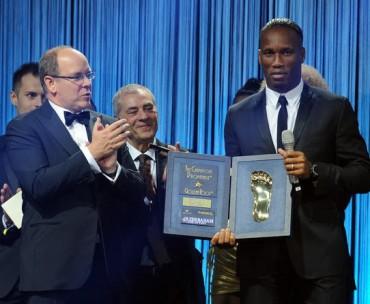 Drogba, premiado por su contribución al futbol