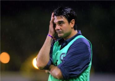 Diego Vázquez, amenazó con no presentarse al primer juego del campeonato