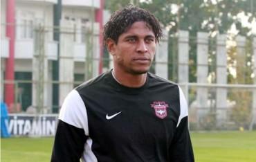 Carlo Costly fue dado de baja del Gaziantepspor de Turquía