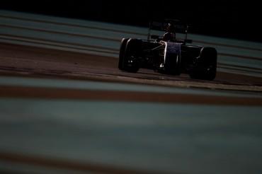 Corredores de F1 deberán tener 18 años