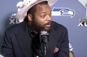 Sombrero vaquero, amuleto de Bennett para el Super Bowl