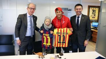 Neymar y su hijo, nuevos socios del Barcelona