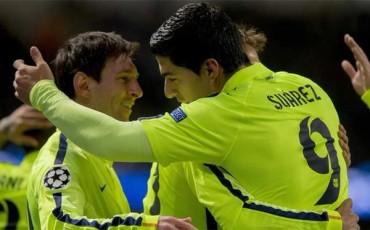 Luis Suárez pone al Barcelona con un pie en Cuartos de Final