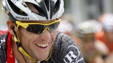 El ciclista Armstrong pagará millonaria cifra por bonificación recibida