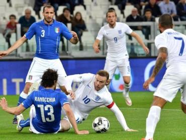 Italia brilla pero empata contra Inglaterra