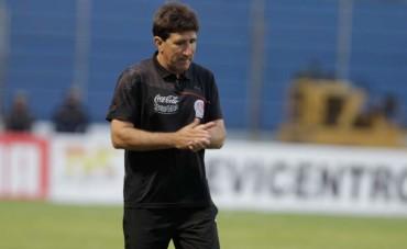 """Héctor Vargas: """"No culpare a mis jugadores, el culpable soy yo"""""""