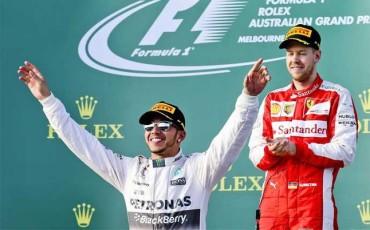 Hamilton se cansa de las críticas de Red Bull
