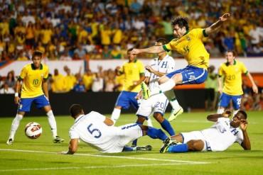 Brasil se medirá a Honduras antes de la Copa América