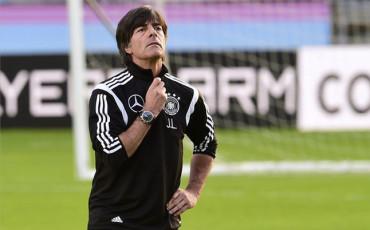 Löw renueva como seleccionador de Alemania hasta 2018